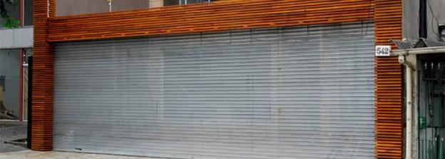 Diferença entre porta de enrolar e portão de enrolar